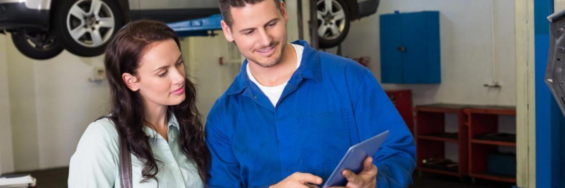 hybrid mechanic with hybrid vehicle maintenance schedule